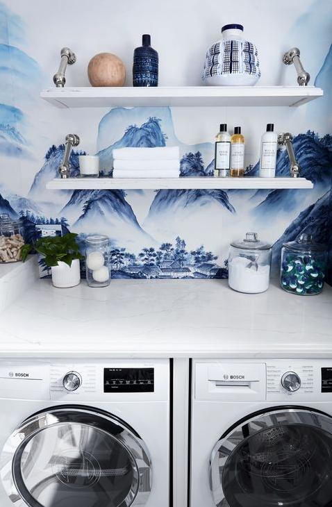 Laundry display storage