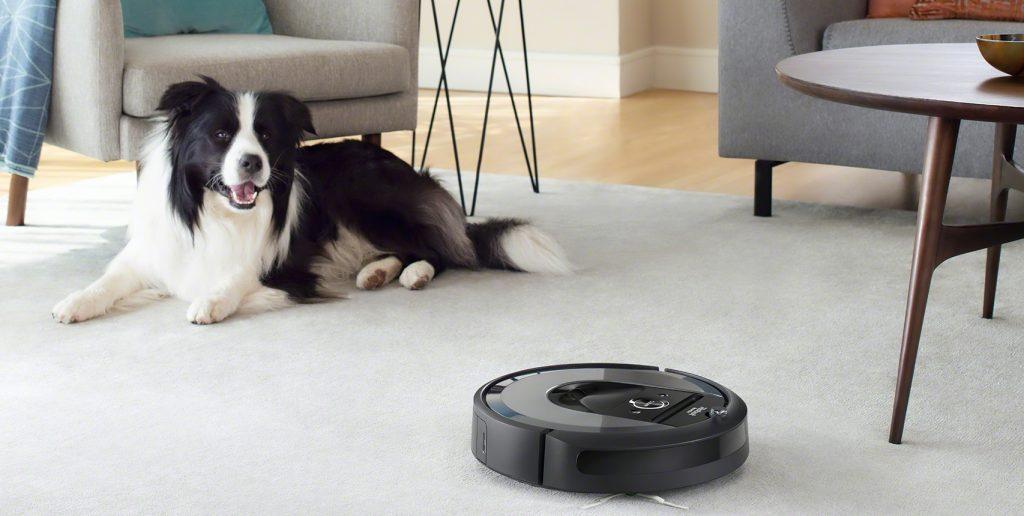 Robotic pet vacuum